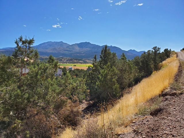 N Red Hill Rd, Central UT 84722