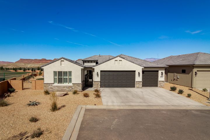 1528 W Gilded Flicker DR, St George, UT 84790