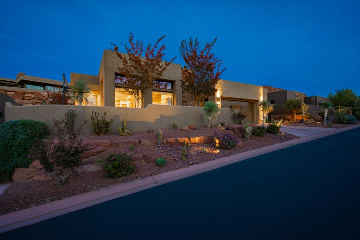 3052 N Snow Canyon Parkway, St George UT 84770