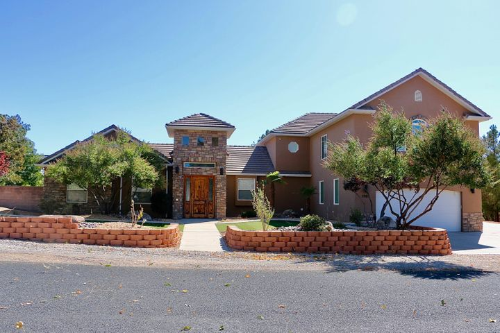 1707 Winchester Dr, St George UT 84770