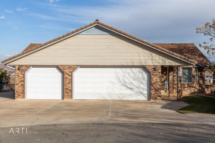 1131 E Twin Cir, St George UT 84790