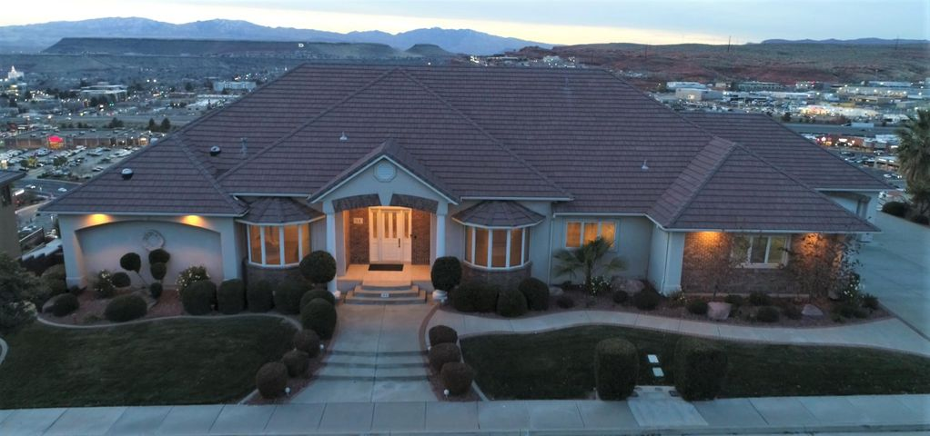 51 N East Ridge Dr, St George UT 84790