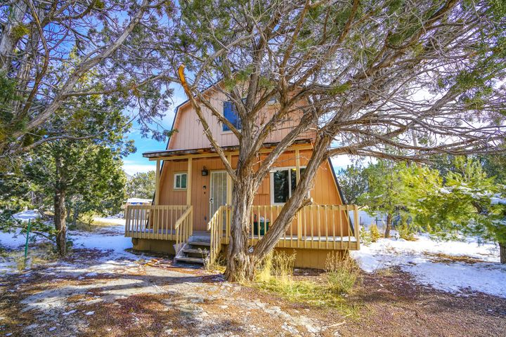 98 N Butch Cassidy Trail, Central UT 84722