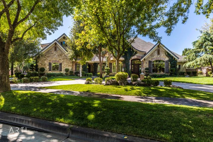 2805 Cottonwood Cir, Santa Clara UT 84765