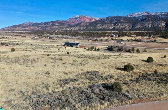 5 Acres in Blackridge Ranches, New Harmony UT 84757