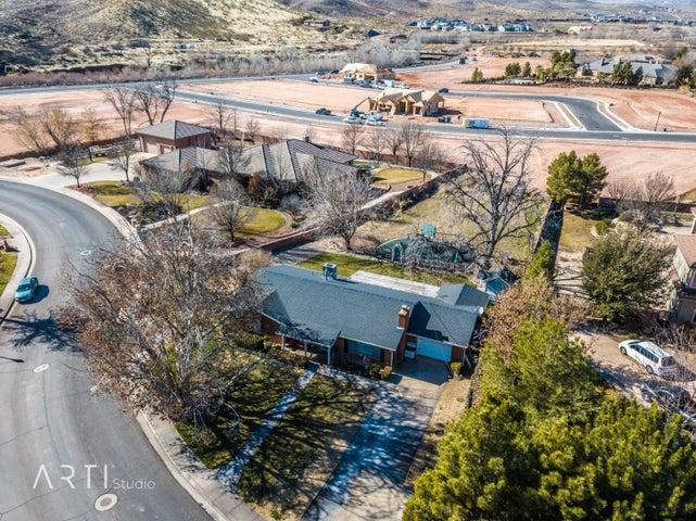 1283 Old Farm Rd, Santa Clara UT 84765