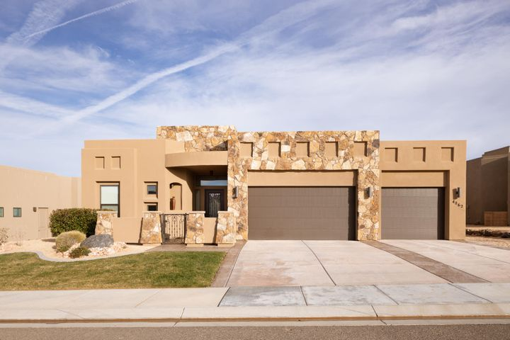 4862 N White Rocks Dr, St George UT 84770