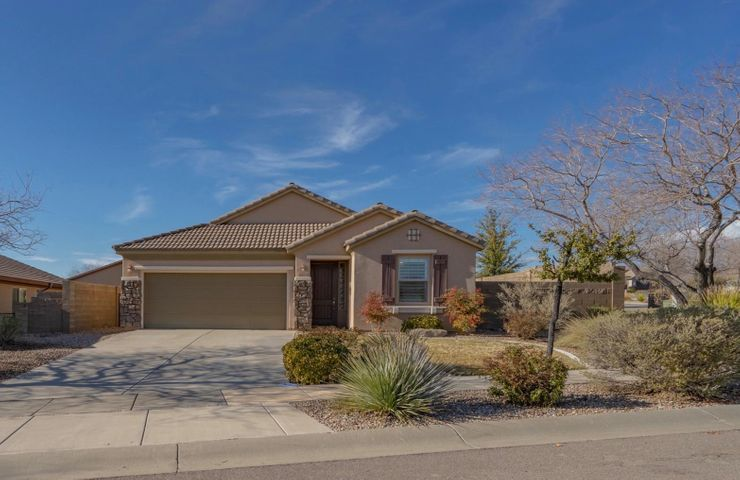 2455 E White Horse Dr, Washington UT 84780
