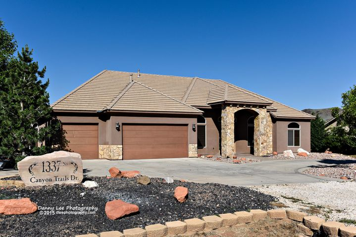 1337 N Canyon Trails DR, Dammeron Valley, UT 84783