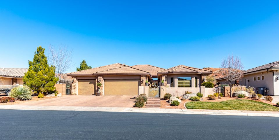2010 N Cascade Canyon Dr, St George UT 84770