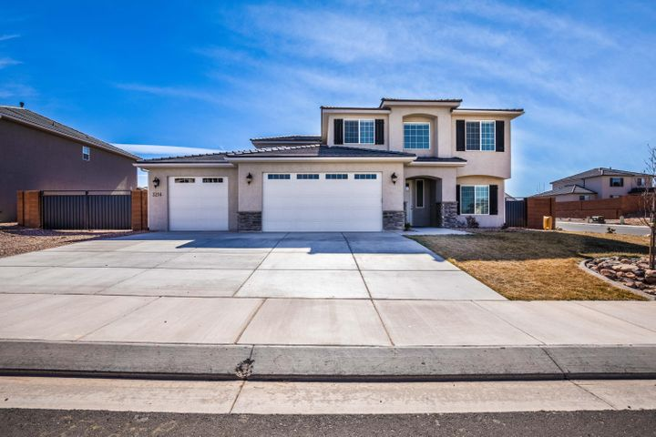 3214 E Red Cedar Dr, St George UT 84790