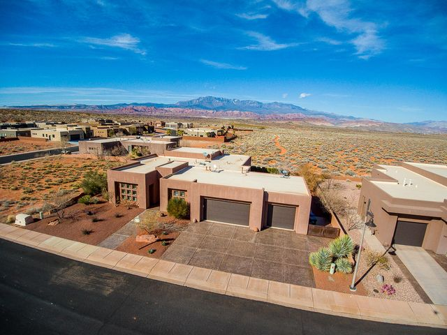 5468 W Copper Cliffs Way, Hurricane UT 84737