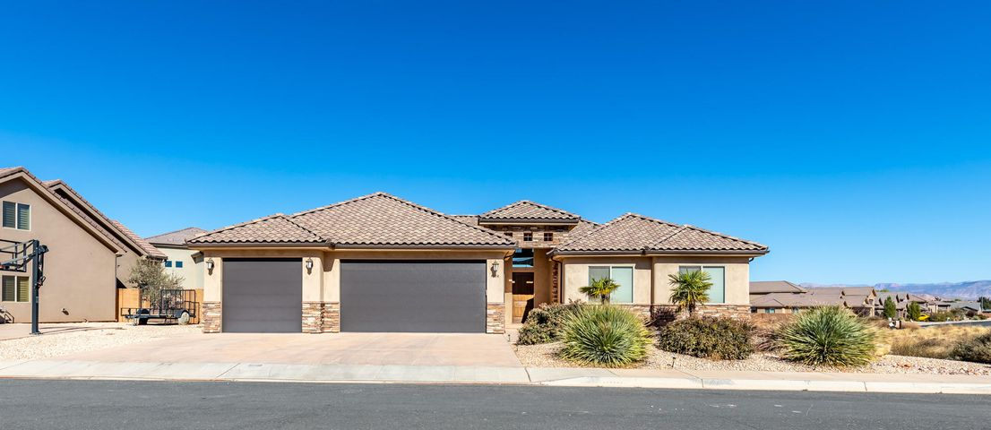 4324 W 2650 Cir S, Hurricane UT 84737