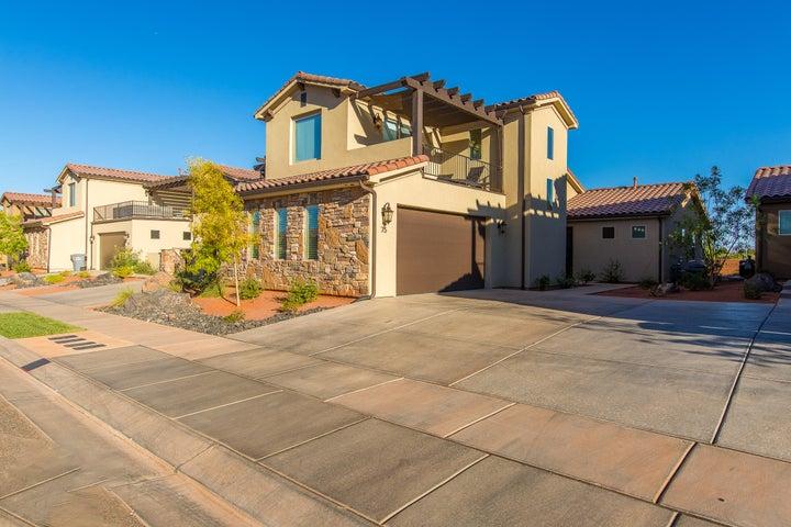 3800 Paradise Village Rd, Santa Clara UT 84765