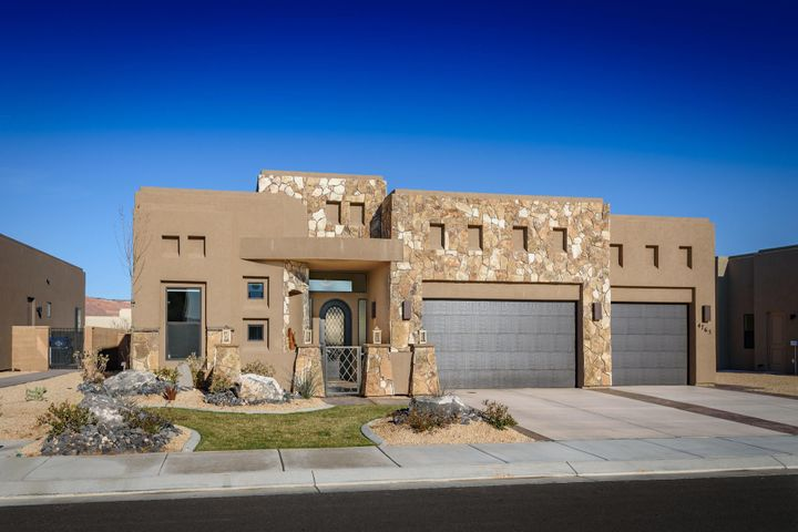 4765 N Cottontail Drive, St George UT 84770