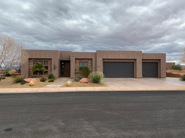 3203 S Red Sands Way, Hurricane UT 84737