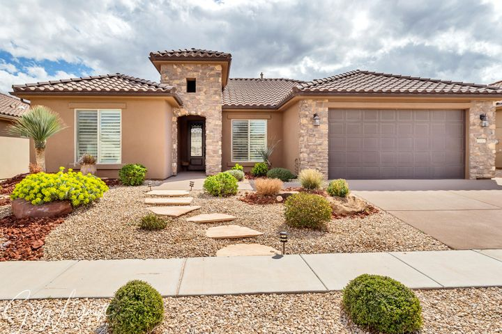 1449 W Morane Manor Dr, St George UT 84790