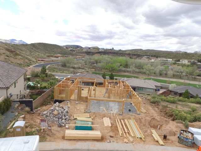 1260 S Rainbow Bridge St, Toquerville UT 84774