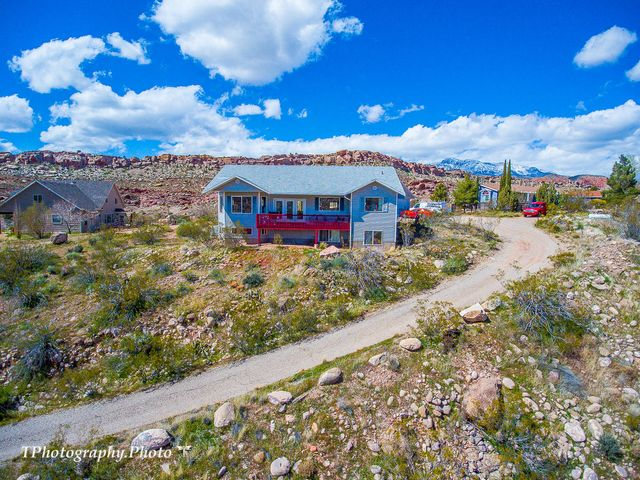 552 Silver Valley Rd, Leeds UT 84746