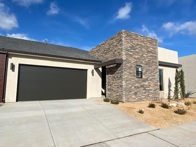 4712 S Wallace Dr, St George UT 84790
