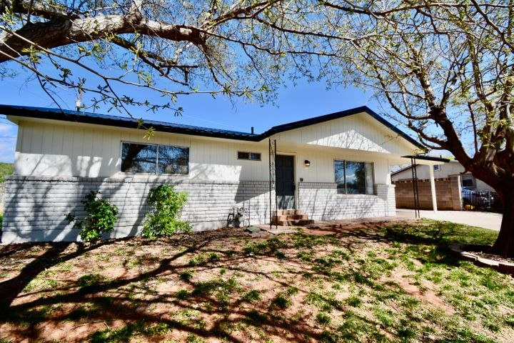618 Urie E Dr, Washington UT 84780