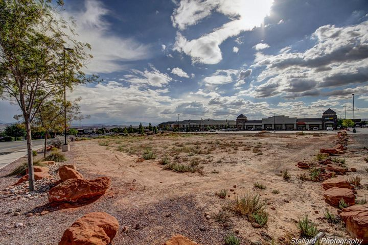 2654 Red Cliffs DR, St George, UT 84790