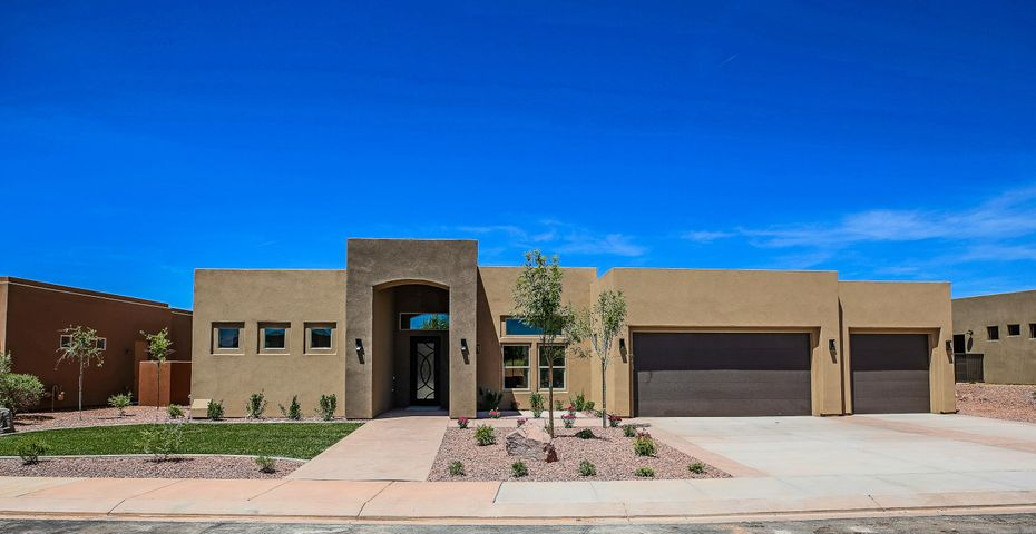 3296 S Red Sands Way, Hurricane UT 84737