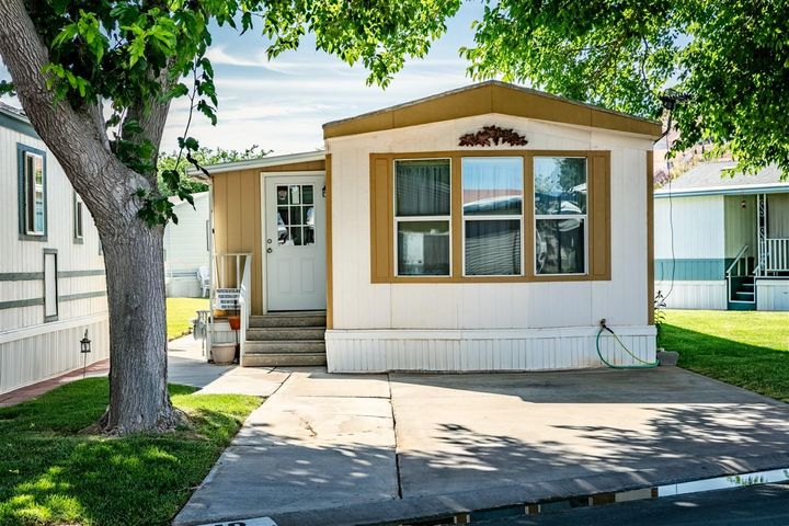 1160 E Telegraph, Washington UT 84780