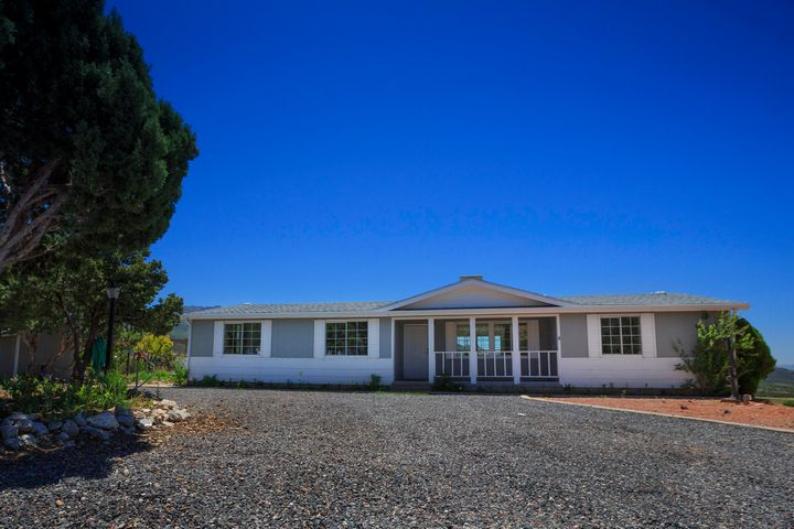 706 E Cottontail Rd, Central UT 84722