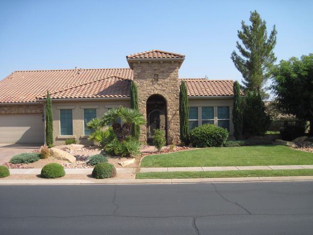 2136 W River Of Fortune Dr, St George UT 84790