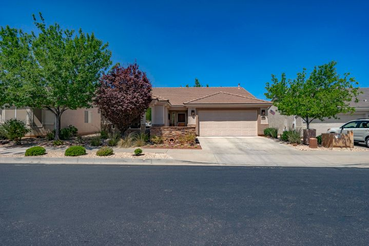 4522 Peaceful River Dr, St George UT 84790