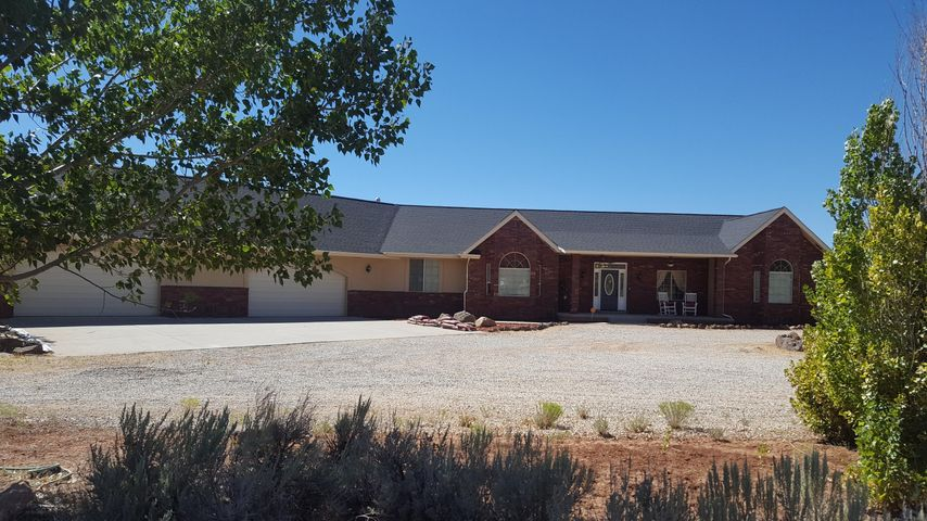 2536 S Badger Way, New Harmony UT 84757