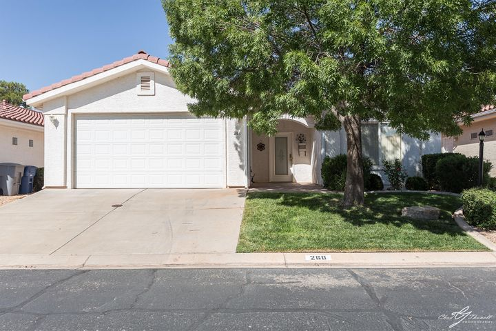 2050 W Canyon View Dr, St George UT 84770