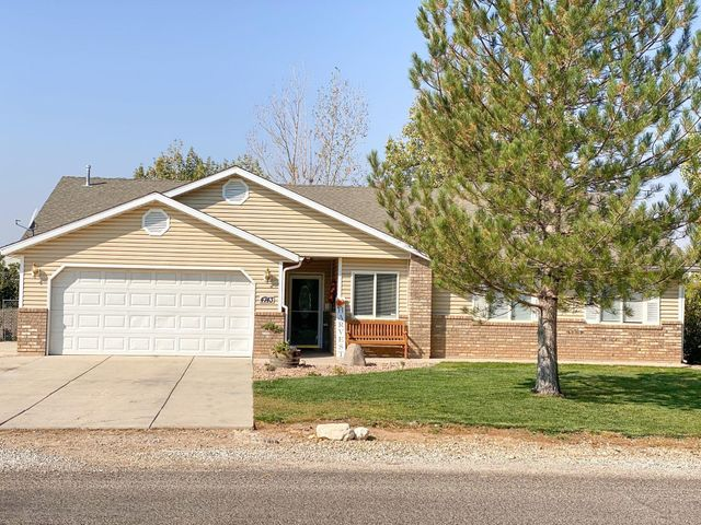 4743 Escalante Trail, Enoch, UT 84721