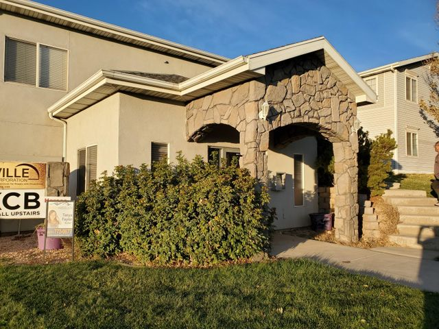 203 E Cobblecreek DR, Cedar City, UT 84721