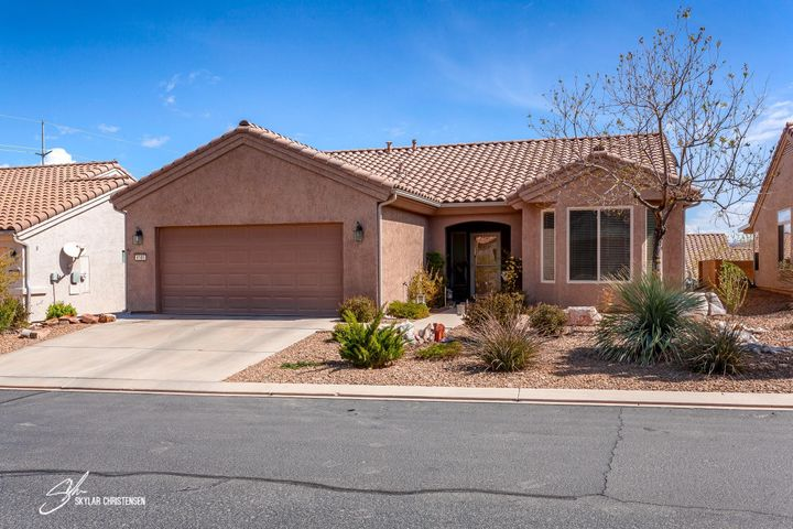 4185 S DATURA HILL DR, St George, UT 84790