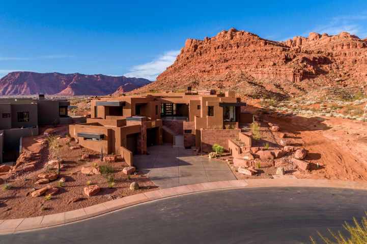 Kachina Vistas Dr, St George UT 84770
