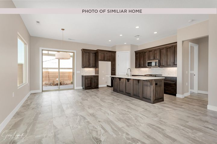 4616 S Wallace DR, St George, UT 84790