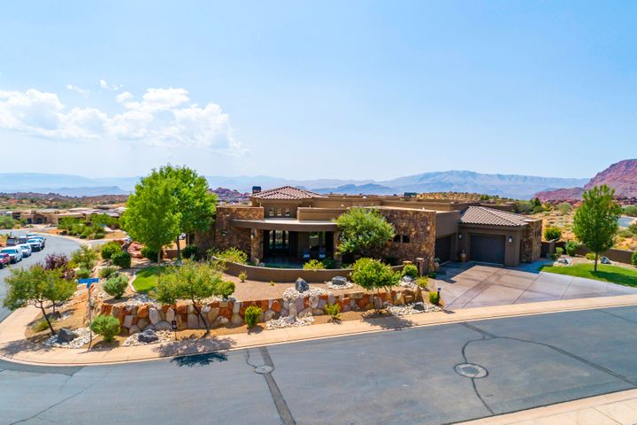 2201 W Silver Cloud DR, St George, UT 84770