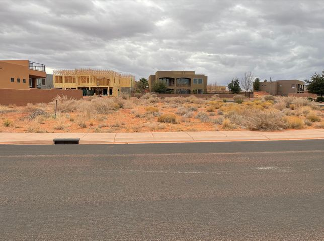 3342 S Desert Hollow Ln, Hurricane UT 84737