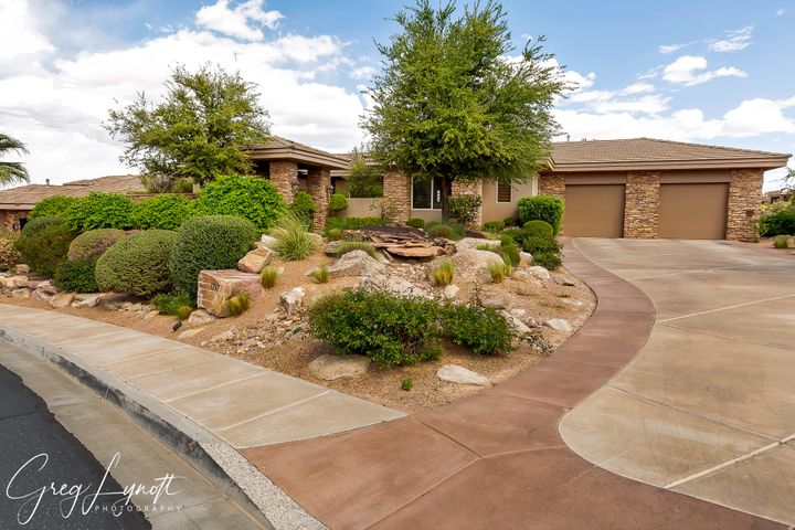 1765 View Point Dr, St George UT 84790