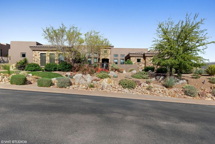 5054 Silver Cloud DR, St George, UT 84770