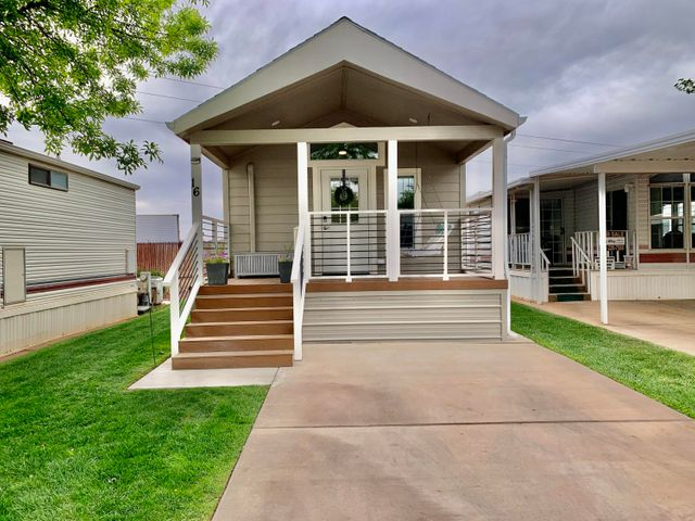 1160 E Telegraph St, Washington UT 84780