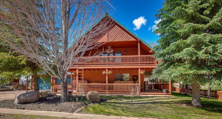 835 Mountain View DR, Pine Valley, UT 84781