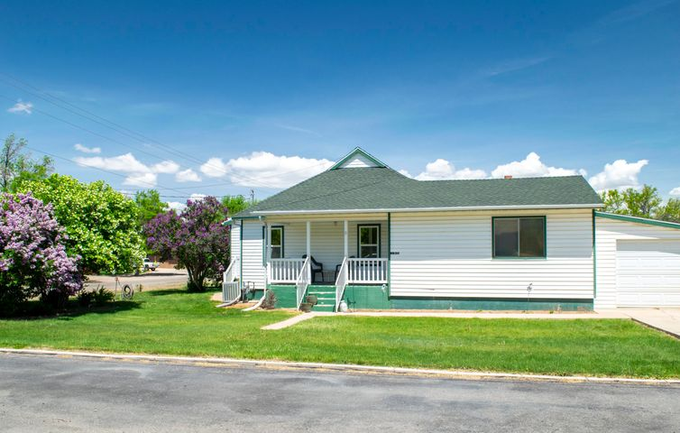 190 W 300 North, Parowan, UT 84761