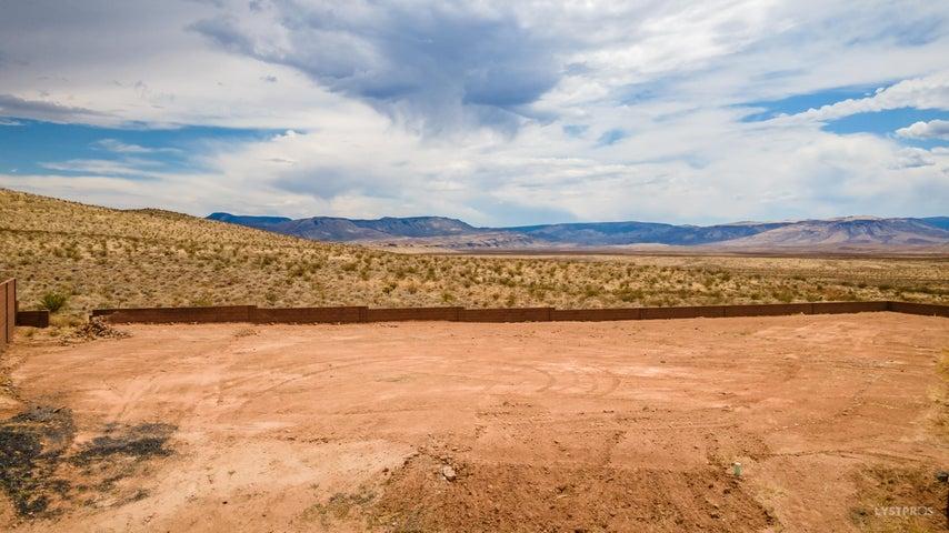 Desert Point Ct, St George UT 84790