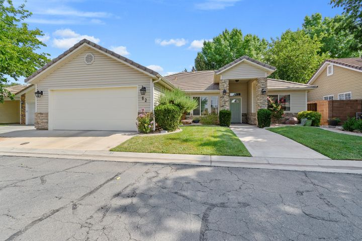 351 S Valley View Dr, St George UT 84770