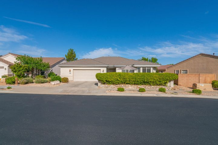 4466 S Peaceful River Dr, St George UT 84790