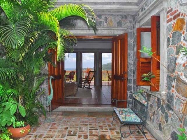 Charming Entry at La Bella Villa
