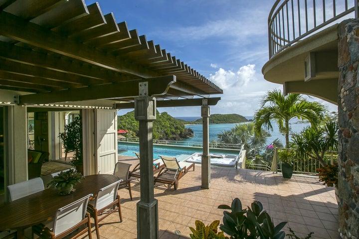 Latitude Villa in Klein Bay